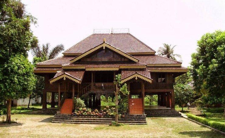 Mengenal rumah adat sumatera selatan lebih dekat